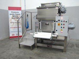 Automatic sheeter machine for fresh pasta