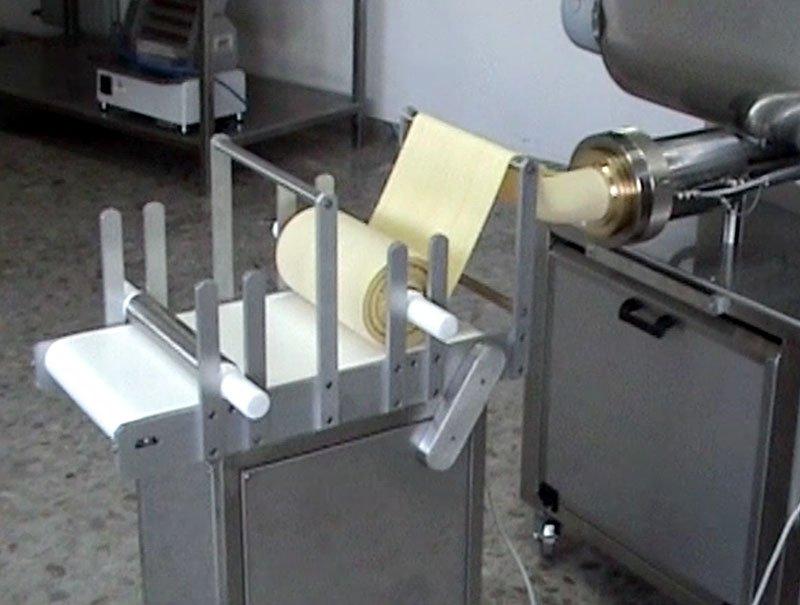 Extruder professional presses pasta machine