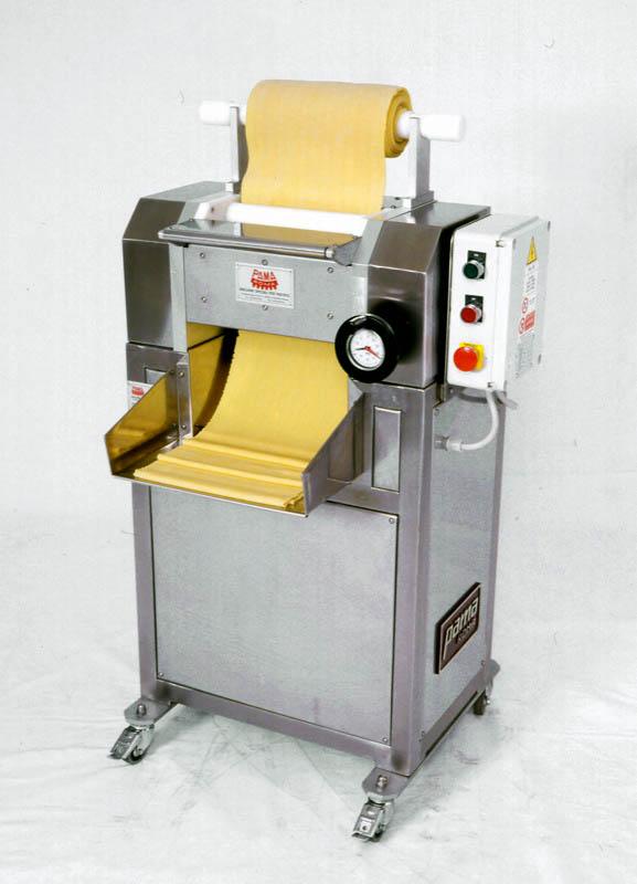 Stacking and cutting pasta machine mod. SI/280-400