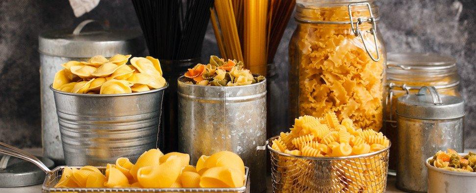 Pasta Bar Cooking Take Away