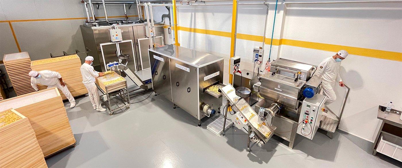 Industrial dried pasta machine